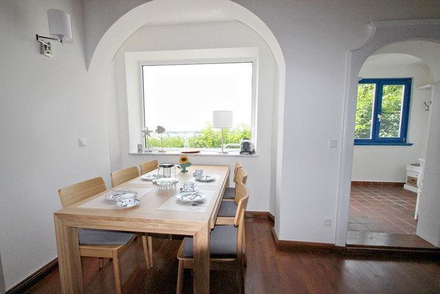 Ferienhaus Rügen mit Meerblick in Altefähr für 6 Personen - Essbereich