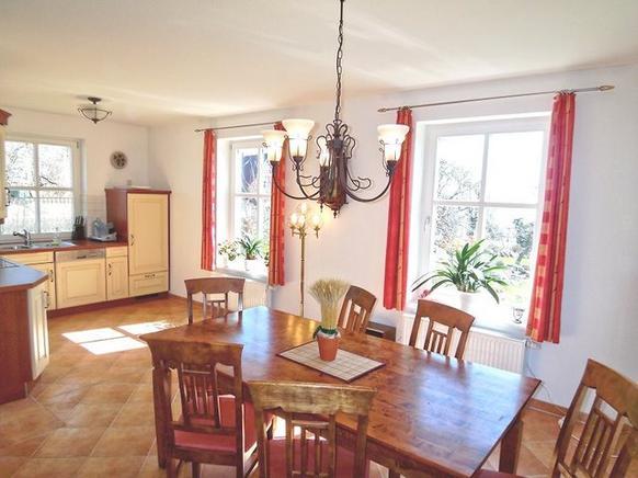 Ferienhaus Rügen mit Meerblick in Putbus für 6 Personen - Essbereich