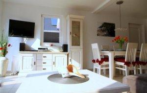 Ferienhaus Rügen mit Hund in Glowe für 2 Personen - Wohn- und Essbereich