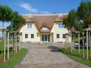Luxus Ferienhaus Rügen für 6 Personen in Lobbe