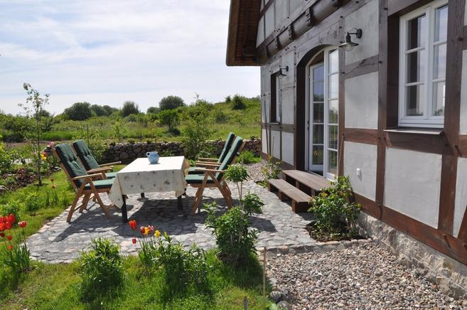 Luxus Ferienhaus Rügen für 8 Personen in Dranske - Garten