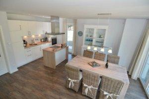 Luxus Ferienhaus Rügen für 8 Personen in Lobbe - Wohnbereich