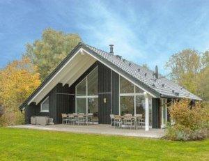 Luxus Ferienhaus auf Rügen für 12 Personen in Wiek