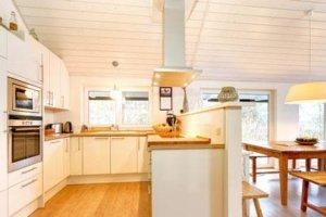 Luxus Ferienhaus auf Rügen für 12 Personen in Wiek - Küche
